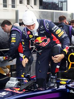 Sebastian Vettel, Red Bull Racing RB10 on the grid.