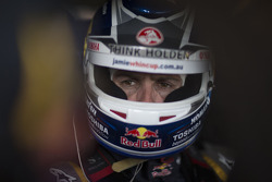V8SUPERCARS: Jamie Whincup, Red Bull Holden