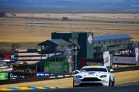 #09 TRG-AMR Aston Martin GT4: Derek DeBoer