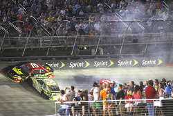 NASCAR-CUP: Trouble for Clint Bowyer, Aric Almirola and Kyle Busch