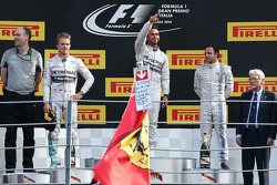 Podium: race winner Lewis Hamilton, second place Nico Rosberg, third place Felipe Massa