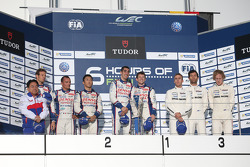 Podium: race winners Anthony Davidson, Sebastien Buemi, second place Alexander Wurz, Kazuki Nakajima, Stéphane Sarrazin, third place Mark Webber, Brendon Hartley, Timo Bernhard