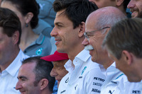 Toto Wolff, Mercedes AMG F1 Shareholder and Executive Director and Dr. Dieter Zetsche, Daimler AG CEO at a team photograph