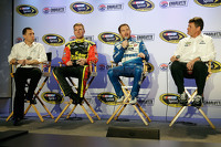 Clint Bowyer, Brian Vickers, Michael Waltrip, Michael Waltrip Racing