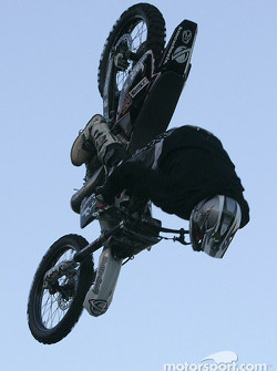 Freestyle motocross show: a complete loop