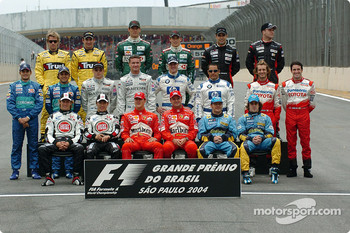 Drivers of the 2004 World Championship photoshoot