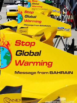 Message from Bahrain for the Hungarian GP: 'Stop Global Warming'