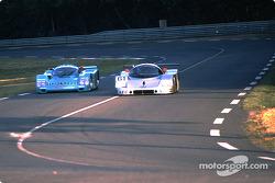 #61 Team Sauber Mercedes Sauber-Mercedes C9: Mauro Baldi, Kenny Acheson, Gianfranco Brancatelli passes #11 Porsche Kremer Racing Porsche 962C: George Fouché, Hideki Okada, Masanori Sekiya