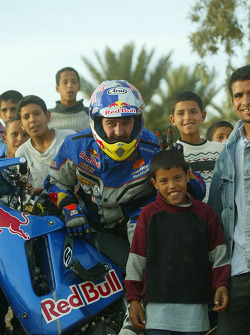 KTM team testing: Scot Harden with local fans