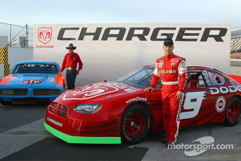 Dodge presentation: Richard Petty and his 1970s-era Dodge Charger with Jeremy Mayfield and his 2005 Dodge Charger