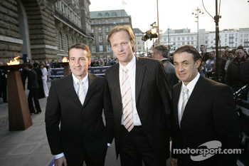 Bernd Schneider, announcer Gerhard Delling and Jean Alesi