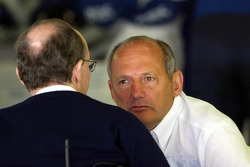 Sir Frank Williams and Ron Dennis
