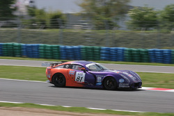 #81 Team LNT TVR T400R: Warren Hughes, Patrick Pearce