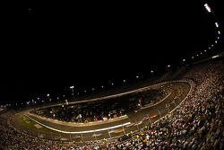 A general view of the race action at Richmond International Raceway