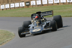 #72 1973 Lotus-Cosworth 72E, class 10: Emerson Fittipaldi