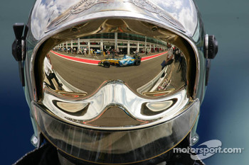 Reflection of Giancarlo Fisichella
