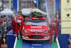 Podium: champagne for winners Marcus Gronholm and Timo Rautiainen