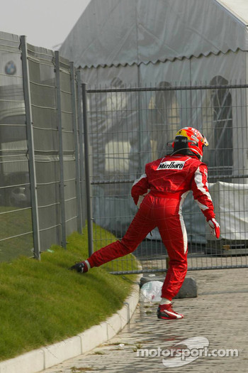 Michael Schumacher out of the race after his spin