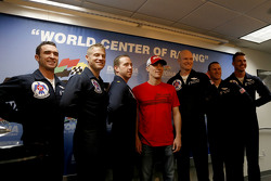 Kevin Harvick, Stewart-Haas Racing Chevrolet with the USAF Thunderbirds