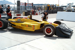 Ryan Hunter-Reay's car to pit road