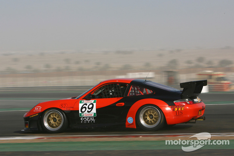 #69 Proton Competition Porsche 996 GT3-RS: Christian Ried, Gerold Ried