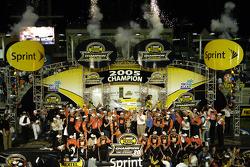NASCAR Nextel Cup 2005 champion Tony Stewart celebrates