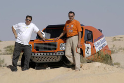 Team Dakar Sport: Rick Aarts and Roland Rypma pose with the Team Dakar Sport Bowler