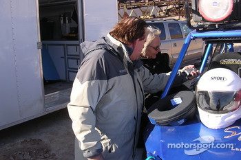 Vanguard Racing: Dakar racer Ronn Bailey preps Motorsport.com's Nancy Knapp Schilke for her adventure