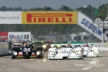 #1 ADT Champion Racing Audi R8: JJ Lehto, Marco Werner, Tom Kristensen leads the field