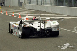 #15 Team T.D.R. Kudzu-Mazda DLM MS 971: Franck Fréon, Yojiro Terada, Jim Downing in trouble