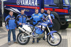 Yamaha Motor France: David Frétigné with Yamaha Motor France team members