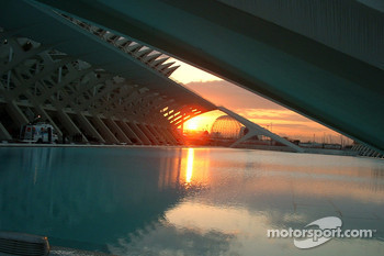 A new day on the Ciudad de las Artes y las Ciencias