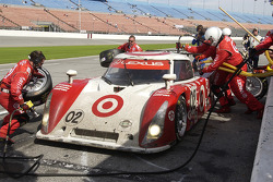 Last pitstop for the #02 Target Chip Ganassi Lexus Riley: Scott Dixon, Casey Mears, Dan Wheldon