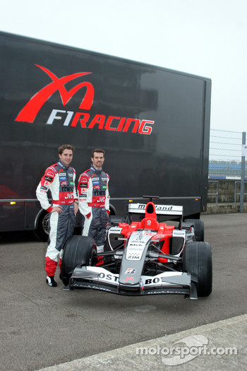 Christijan Albers, Tiago Monteiro and the Midland MF1 Toyota M16