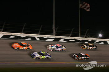 Tony Stewart, Jimmie Johnson, Scott Riggs, Denny Hamlin and Joe Nemechek