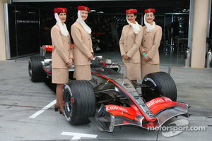 Emirates sponsored McLaren in 2006.