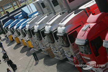 F1 transporters in the paddock