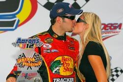 NASCAR-NS: Victory lane: race winner Martin Truex Jr. celebrates with his girlfriend Sherry Pollex