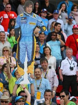Fernando Alonso fans in the crowd