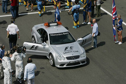 Mercedes safety car