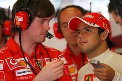 Rob Smedly, Felipe Massa Ferrari Engineer with Felipe Massa