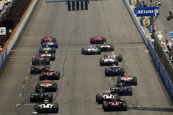 Start: Felipe Massa and Michael Schumacher lead the field