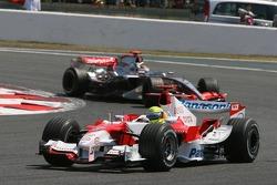 Ralf Schumacher and Kimi Raikkonen
