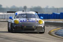 #44 Magnus Racing Porsche 911 GT America: John Potter, Andy Lally, Marco Seefried
