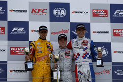 Podium: second place Antonio Giovinazzi, Jagonya Ayam with Carlin and first place Felix Rosenqvist, Prema Powerteam and third place Jake Dennis, Prema Powerteam