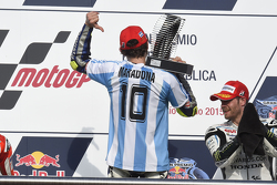 Podium: winner Valentino Rossi, Yamaha Factory Racing and third place Cal Crutchlow, Team LCR