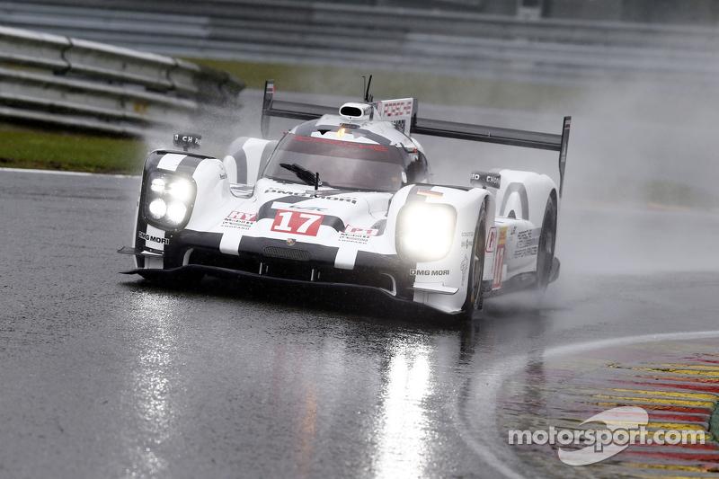 #17 Porsche Team 919 Hybrid Timo Bernhard, Mark Webber, Brendon Hartley