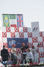 Podium: race winner Giorgio Pantano with Nelson A. Piquet and Lewis Hamilton