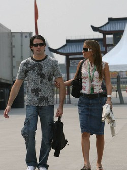Ricardo Zonta with his girlfriend