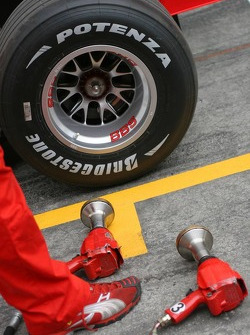 Scuderia Ferrari 248 F1 Bridgestone tyre